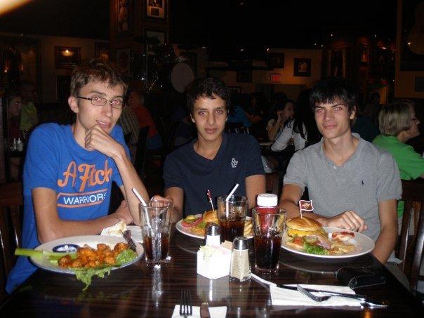 Restaurant de Burger avec ma famille d'accueil à New-York pendant mon séjour à l'étranger